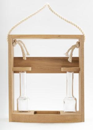 Dreveny stojan s pijackami pre flase Poctive 300x420 - Drevený stojan s 2 pijačkami